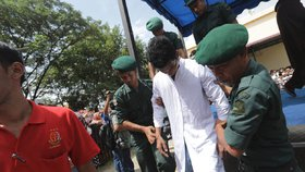 V Indonésii se na Valentýna konaly policejní zátahy na nemanželské páry, podle autorit porušují místní tradice. (Ilustrační foto)