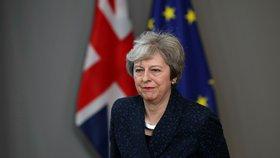 Theresa Mayová chce poklidný brexit, prozatím se jí to nedaří