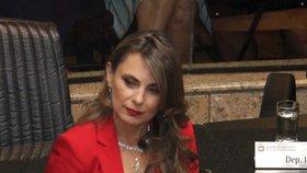 Brazilská poslankyně da Silvová šokovala svým hlubokým výstřihem, vyzývavé oblečení nosila ale i v době kampaně, nebo když působila jako starostka Bombinhasu.