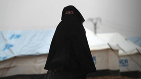 Kurdské uprchlické tábory a přidružené věznice jsou plné manželek džihádistů, (ilustrační foto).