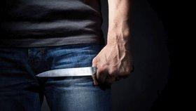 Opilec napadl nožem zdravotníka, ten byl ale z elitního komanda (ilustrační foto)