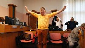 Uhlobaron Antonio Koláček u soudu kvůli Mostecké uhelné