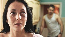 Obětem domácího násilí pomůže nová mobilní aplikace. (ilustrační foto)
