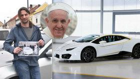 Mám »lambo« od papeže! Nevěřící Vladislav N. z Chrudimska vyhrál v boží loterii superauto.