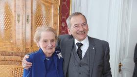 Oslavy 20 let ČR v NATO na Hradě: Jaroslav Kubera s Madeleine Albrightovou