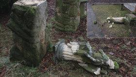 Podnapilý mladík (17) a jeho kumpán (18) na Jičínsku zdemolovali hřbitov