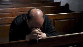 Na jihu Čech mělo dlouhá léta docházet  k sexuálnímu zneužívání kněžími (ilustrační foto)