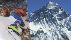 Vlivem globálního oteplování taje led na Mount Everestu a odkrývá těla horolezců.