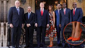 Prezident Trump s první dámou Melanií Trumpovou na Floridě hostili představitele karibských zemí. Trumpová je vítala v ostře oranžových lodičkách.