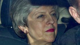 Britská premiérka Theresa Mayová připustila vlastní konec v čele vlády (27. 3. 2019)