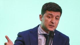 Komik Volodymyr Zelenskyj je favoritem prezidentských voleb na Ukrajině. Po prvním kole vede (31.3. 2019)