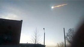 Nad Sibiří explodoval další meteorit. Je už třetí za poslední čtyři měsíce