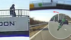 Po automobil na dálnici D5 někdo hodil skleněnou láhev: Hrozí mu i osm let vězení