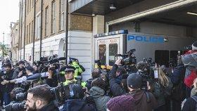 Julian Assange byl zatčen. (11.4.2019)