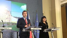 Jan Hamáček (ČSSD) a Alena Schillerová (za ANO) po jednání vlády