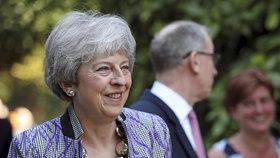Britská premiérka Mayová si užila dovolenou, jednání o brexitu pokračují, (24.04.2019).