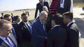 Zeman zahájil nedávno pátou návštěvu Číny (25.4.2019)