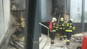 Požár luxusního hotelu v centru Bratislavy.