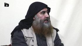 Vůdce Islámského státu (ISIS) abú Bakr Bagdádí na propagandistickém videozáznamu