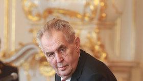 Miloš Zeman jmenoval na Hradě trojici nových ministrů Babišovy vlády - Benešovou, Havlíčka a Kremlíka. (30. 4. 2019)