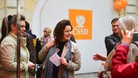 Jana Maláčová během prvomájové akce ČSSD v Lidovém domě (1.5.2019)
