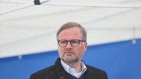 ODS vyrazila na prvního máje tradičně na Petřín: Petr Fiala. (1.5.2019)