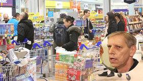Senátor Jan Horník (STAN) je proti zavírání obchodů na vybrané svátky
