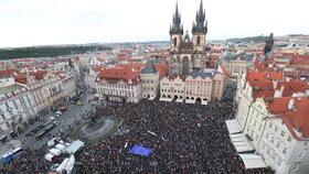 Protest proti Babišovi, Benešové a údajnému ohrožení justice se opět uskutečnil v Praze na Staroměstském náměstí (6.5.2019)