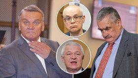 Potíže politiků přímo ve Sněmovně: Zkolabovali Svoboda, Špidla, Faltýnek i Schwarzenberg.