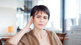 Tinnitus trápí až patnáct procent Čechů.