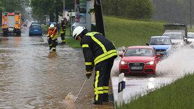 Silné deště dál trápí Německo, (21.05.2019).