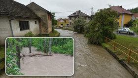 ONLINE: Extrémní déšť bičuje Česko, řeky se vylévají ze břehů, sledujte radar