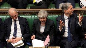 Premiérka Theresa Mayová ustála ve straně další vzpouru. (22. 5. 2019)