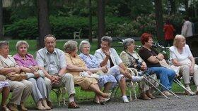 Důchodová komise: Třetí pilíř spoření na stáří není efektivní (24. 5. 2019)