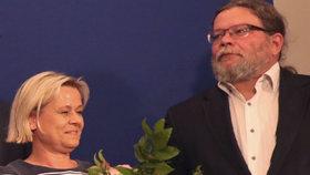 Čerství europoslanci a rodiče nemanželského syna Jáchyma, Veronika Vrecionová a Alexandr Vondra