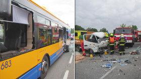 Vážná nehoda na Zlínsku: Boural tu autobus plný cestujících.