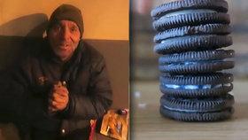 Youtuber nakrmil bezdomovce pastou na zuby. Půjde do vězení.