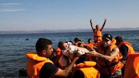 Riziko, že lodě, na kterých se migranti dostávají do Evropy, ztroskotají ve Středozemním moři, je velice vysoké.