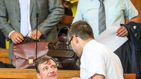 Soud v případě korupční kauzy Davida Ratha pokračuje.