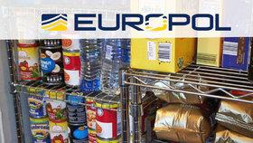 Úřady v desítkách zemí včetně České republiky zabavily v rámci rozsáhlé mezinárodní operace potenciálně nebezpečné potraviny a nápoje v hodnotě přes 100 milionů eur (ilustrační foto)