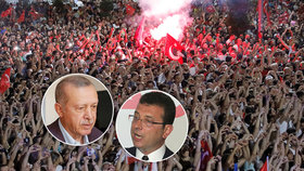 Desetitisíce Turků v Istanbulu oslavovaly vítězství opozice.