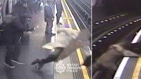 Muž shodil 91letého seniora do kolejiště metra.