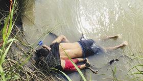 Otec s dcerou se utopili, když se pokoušeli dostat USA.