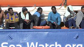 Loď Sea-Watch 3 vplula s migranty do italských teritoriálních vod