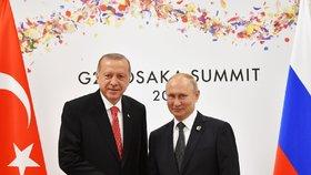 Turecký prezident Recep Tayyip Erdogan vyzval k odkrytí všech aspektů vraždy Chášukdžího. Zdůraznil to po skončení summitu velkých ekonomik G20 v japonské Ósace