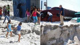Kroupy pokryly mexickou Guadalajaru až 1,5 metru silnou vrstvou ledu.