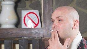 Ve Švédsku vstoupil v pondělí v platnost zákon, který zakazuje kouření před hospodami