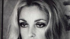 Herečka Sharon Tateová byla zavražděna členy tzv. rodiny Mansona.