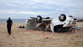 V Řecku při bouři zemřeli dva členové rodiny z Jihlavy. Jejich syn leží s několika zlomeninami v nemocnici.