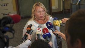 Jednání vlády: Ministryně Klára Dostálová